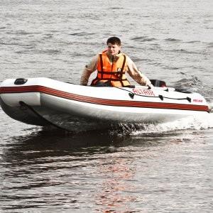 Лодка моторная ПВХ ALTAIR PRO-385